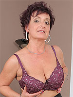 Watch 52 year old Jessica Wild stab at her ol - Pictures Gallery