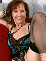 Lynn Lingerie Masturbation - Pictures Gallery