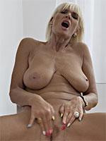 Roxana Mature Big Tits Blonde - Videos